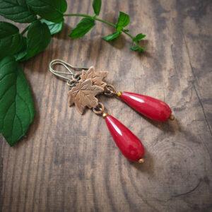klon z czerwonym jadeitem - kolczyki z serii botanicznej - krupkowska.com