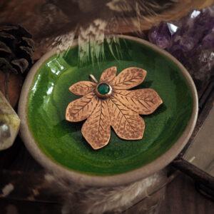 seria botaniczna: broszka w kształcie liścia kasztanowca - krupkowska.com
