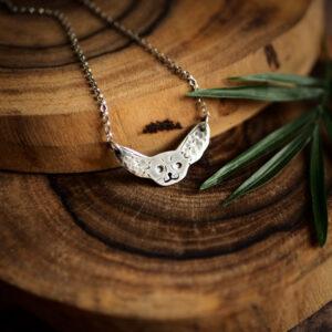 fenek - minimalistyczny srebrny wisiorek krupkowska.com