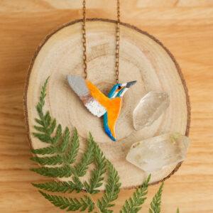 zimorodek - emaliowany naszyjnik z kolorowym ptakiem