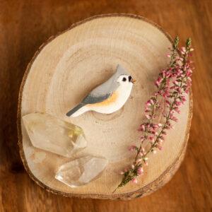 sikorka dwubarwna - emaliowana broszka z ptakiem