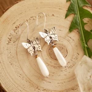 motyle C2 - srebrne kolczyki z masą perłową | krupkowska.com